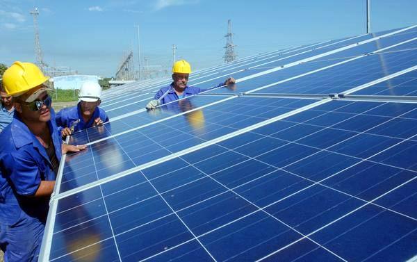 parque-solar-fotovoltaico-cienfuegos-foto-modesto-gutierrez