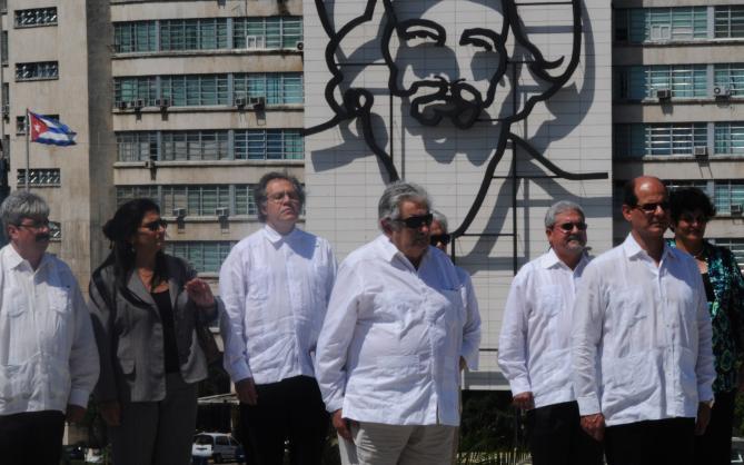 Visita-de-Mujica-a-Cuba