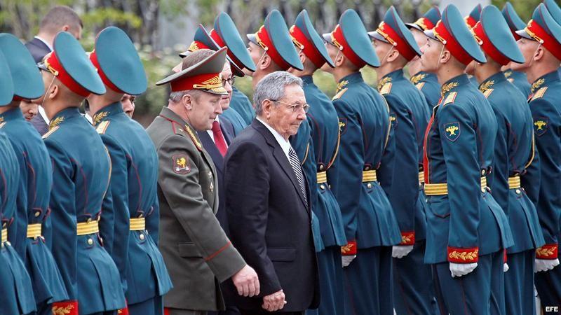 Raúl-Castro-en-Moscú