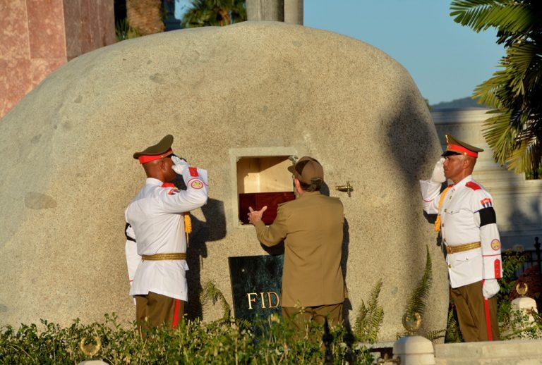 honras-funebres-fidel-castro-santa-ifigenia-cuba-1-768x518