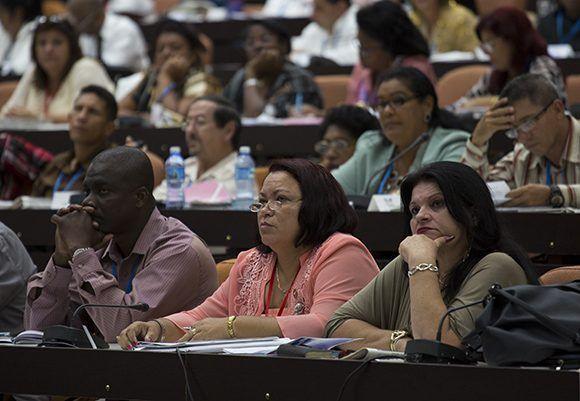 Kubas Parlament zieht Bilanz und blickt in die Zukunft