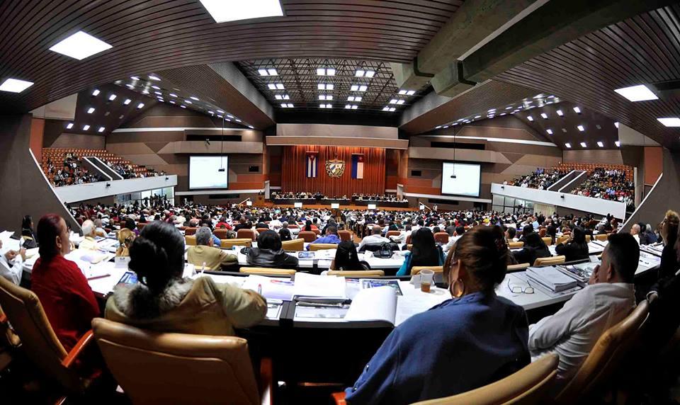 Kubas Nationalversammlung zieht Bilanz: Entwicklung der Wirtschaft als Hauptaufgabe